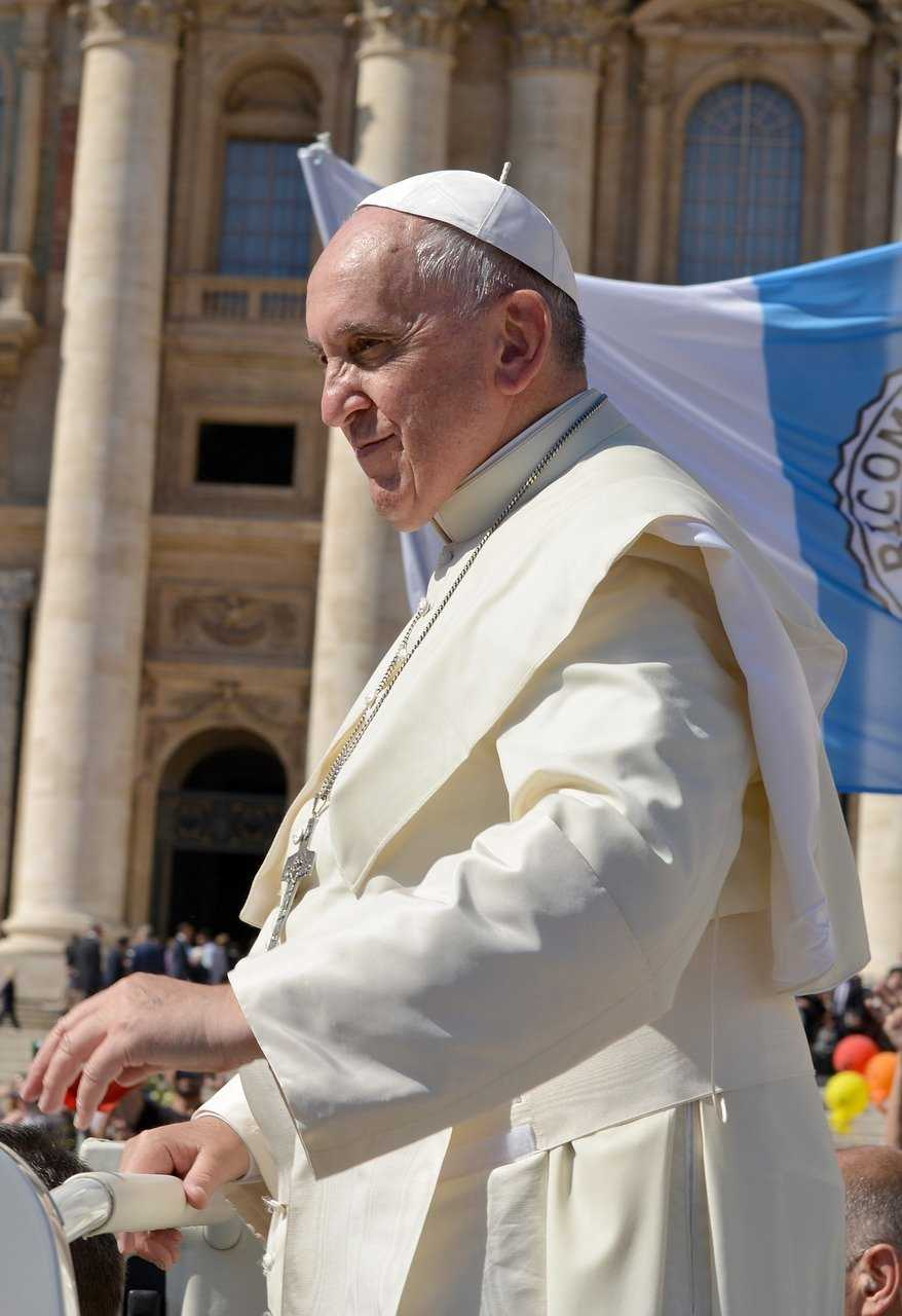 pope francis, pope, pontiff